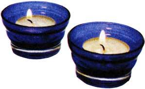 смотреть на горящие свечи