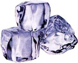 кусочками льда
