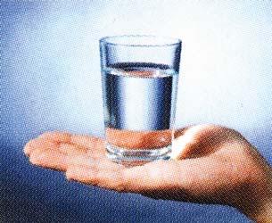 выпить стакан воды